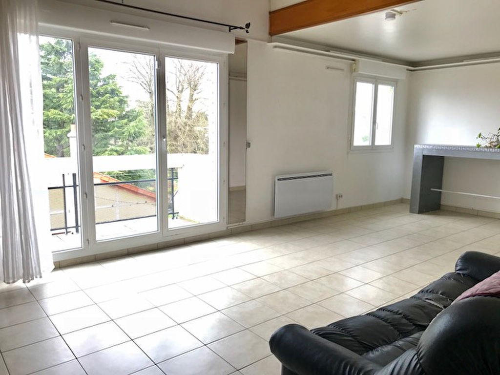 appartement-limeil-brevannes-3-piece-s-76-67-m2